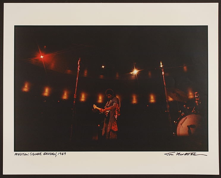 Jimi Hendrix Original Photograph Signed by Photographer (20x16)